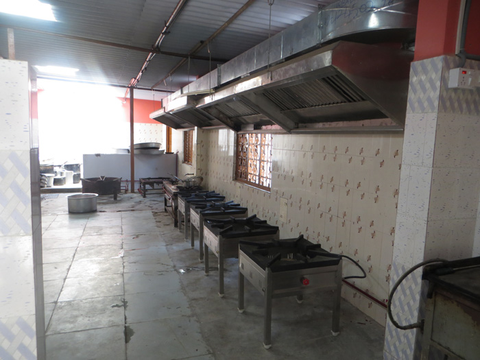 Bangalore corporate caterer healthy cooking area